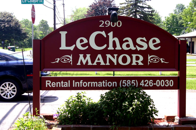 lechase-manor-sign-restoration
