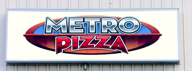 Metro Pizza Box Sign photo